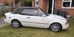 1989 Ford escort xr3i cabrolet