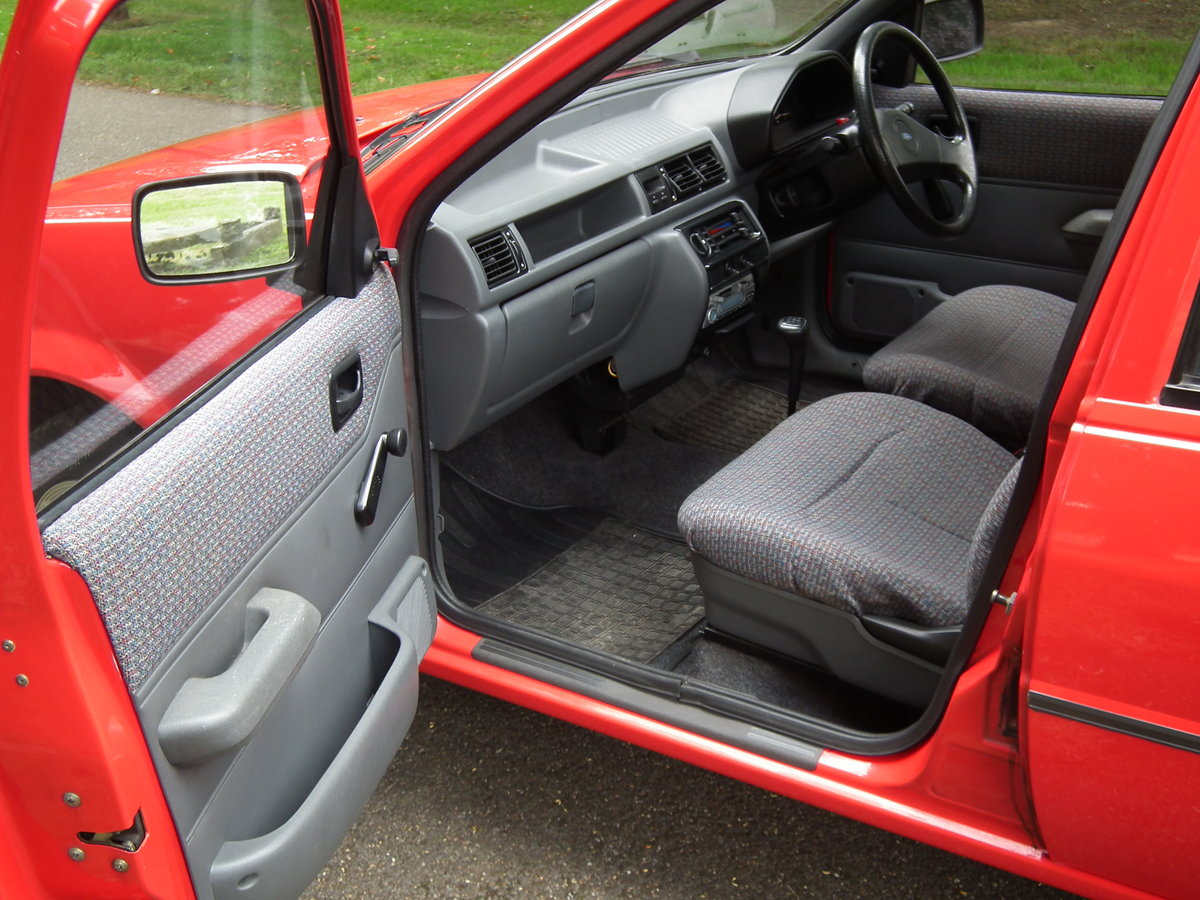 Ford Fiesta 1.1 Popular Plus. 1991.  Like New. For Sale (picture 3 of 6)