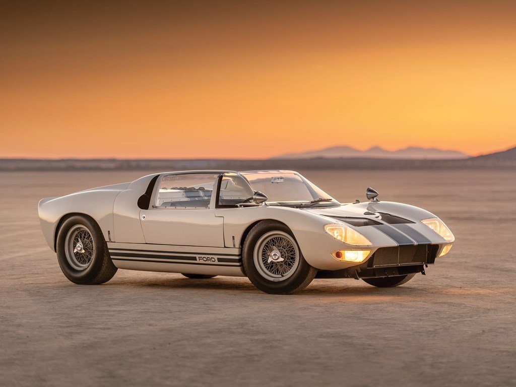 1965 Ford GT40 Roadster Prototype  For Sale by Auction (picture 1 of 6)