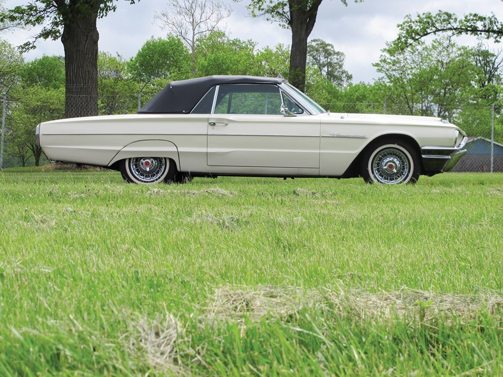 1964 Ford Thunderbird  For Sale by Auction (picture 5 of 6)
