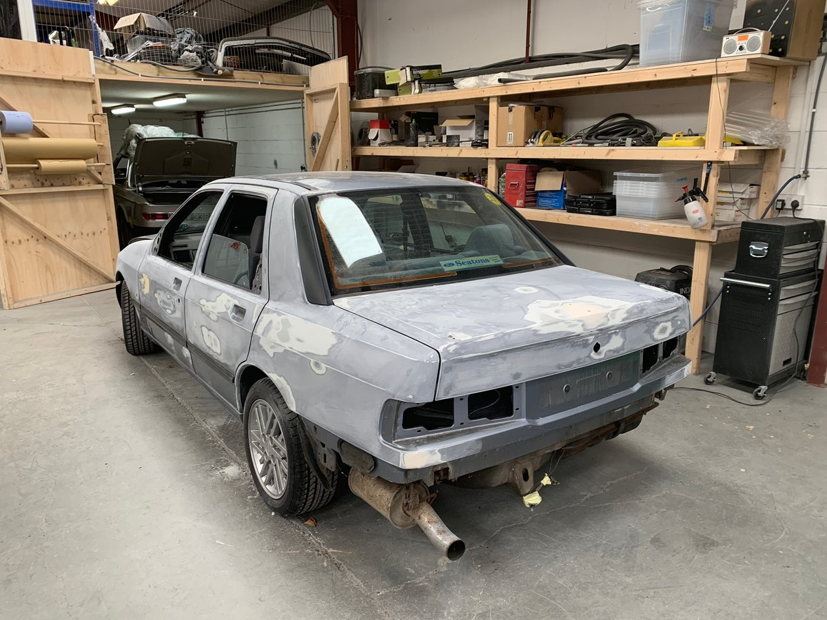 1988 STUNNING  VERY  LOW  MILEAGE  LOW  OWNERSHIP  COSWORTH For Sale (picture 5 of 6)