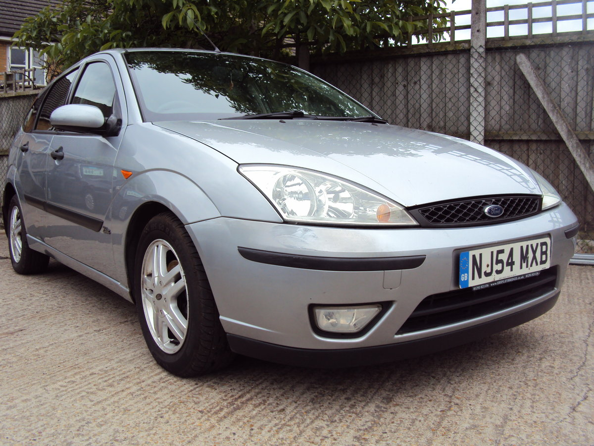 2004 Ford Focus Zetec – Ideal Family Car. 1.8 Petrol For Sale (picture 1 of 1)