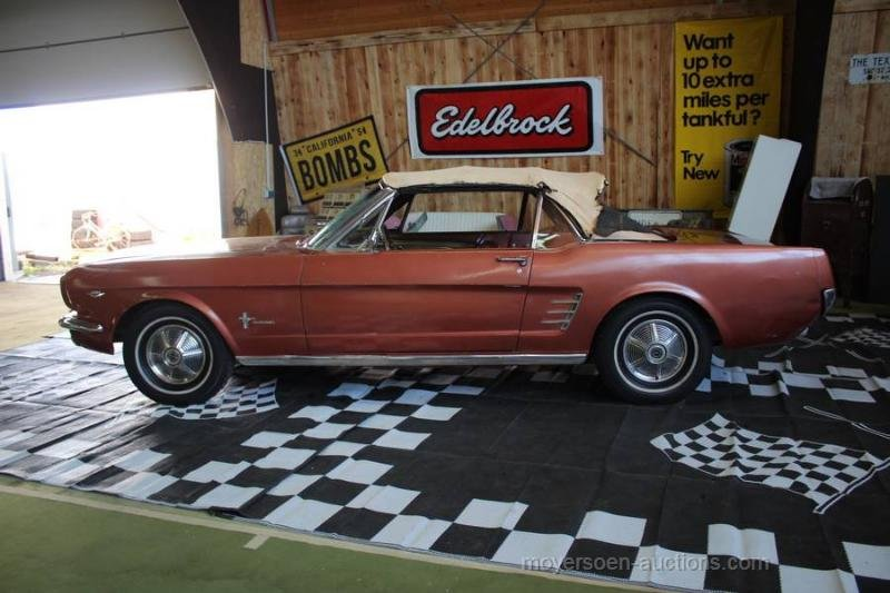 1966 FORD Mustang Cabriolet For Sale by Auction (picture 2 of 6)