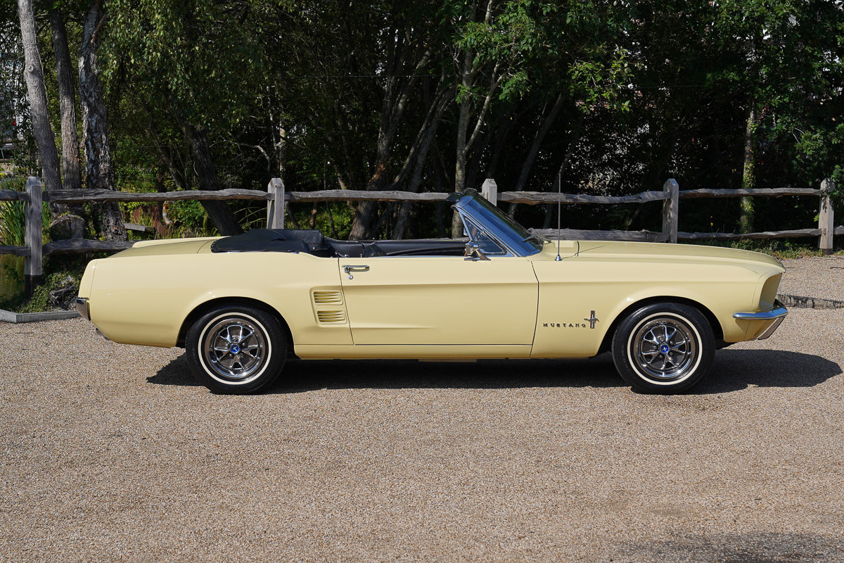 1967 Ford Mustang 289 Convertible Springtime Yellow For Sale (picture 3 of 6)