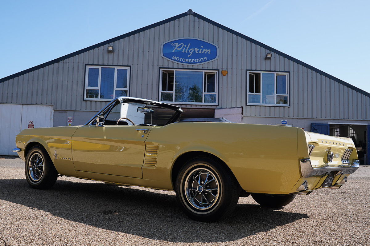 1967 Ford Mustang 289 Convertible Springtime Yellow For Sale (picture 4 of 6)