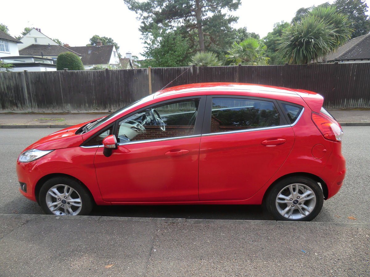 2014 Fiesta Zetec, 1 lady owner from new For Sale (picture 2 of 6)