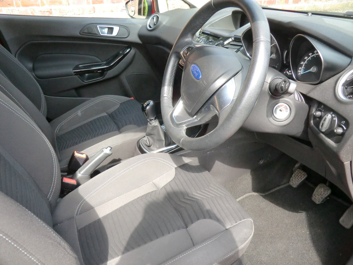 2014 Fiesta Zetec, 1 lady owner from new For Sale (picture 5 of 6)