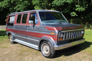 1986 Ford Turtle Top Van - Lot 943 For Sale by Auction