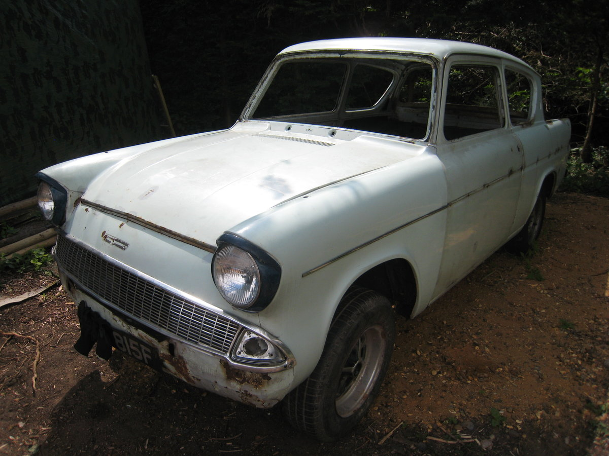 1968 Ford Anglia  SOLD (picture 1 of 6)