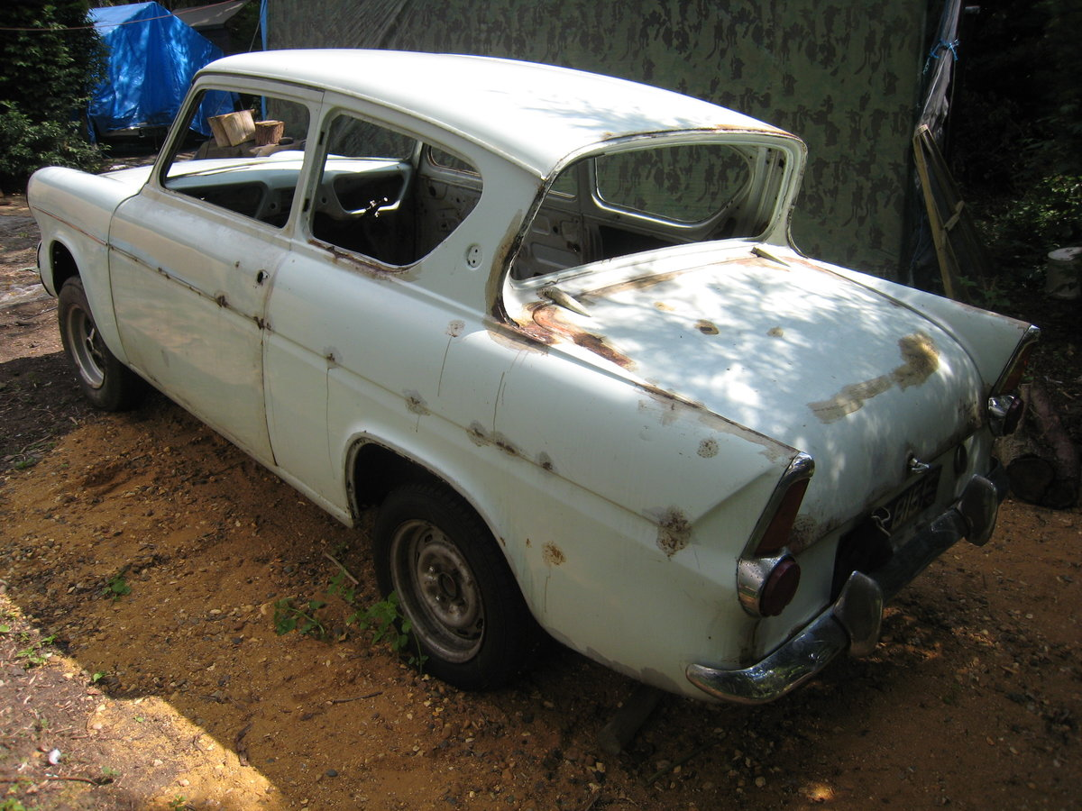 1968 Ford Anglia  SOLD (picture 2 of 6)
