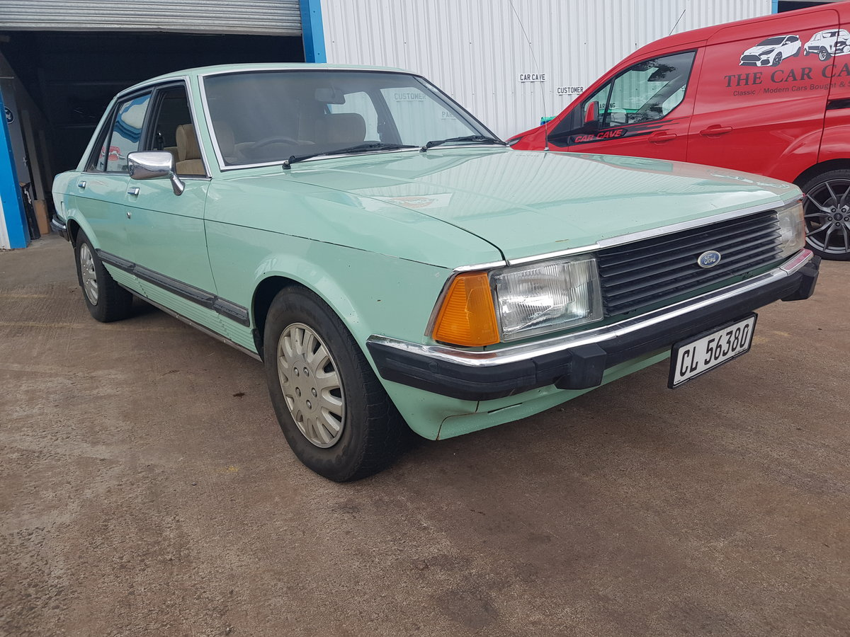 1982 Ford Granada 3.0 GLE For Sale (picture 1 of 6)