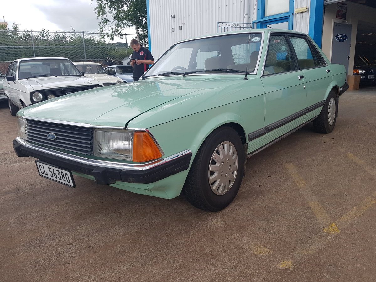 1982 Ford Granada 3.0 GLE For Sale (picture 2 of 6)