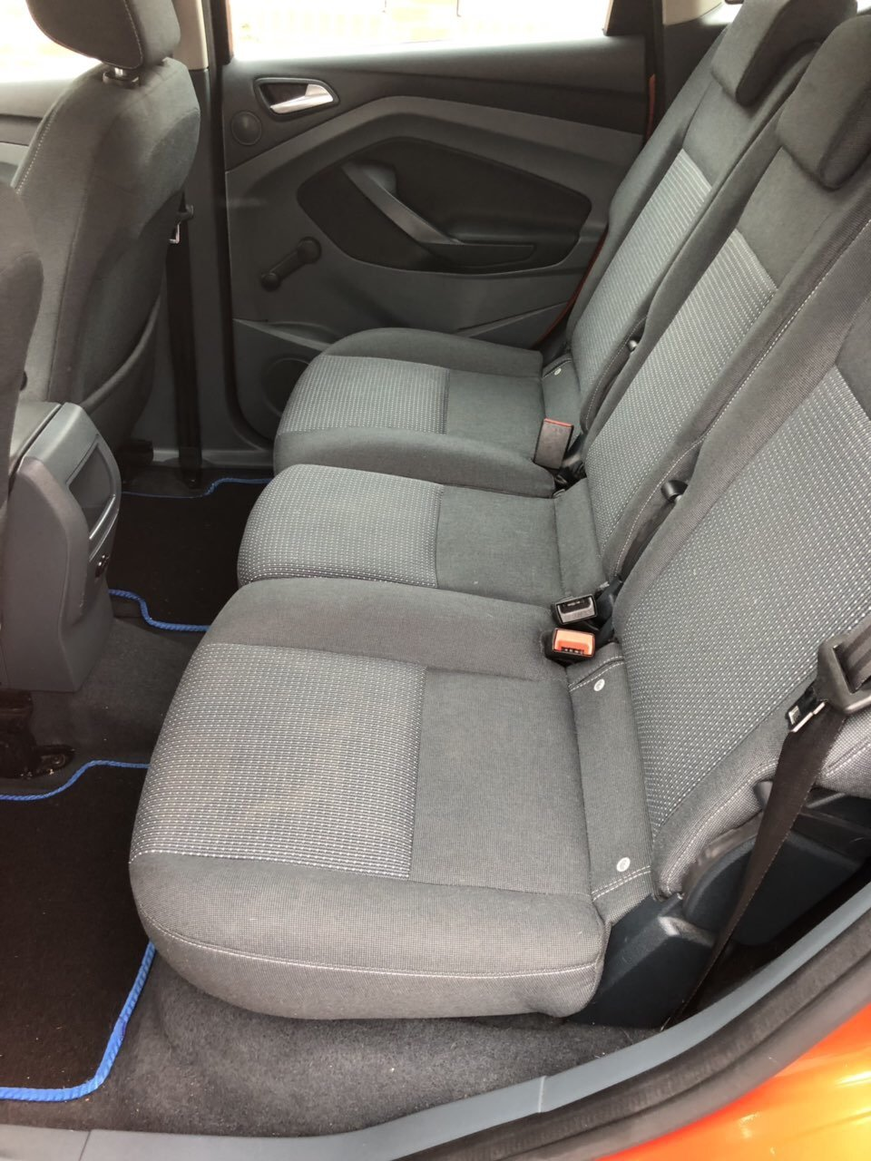 2011 Very good example roomy and economical For Sale (picture 5 of 6)