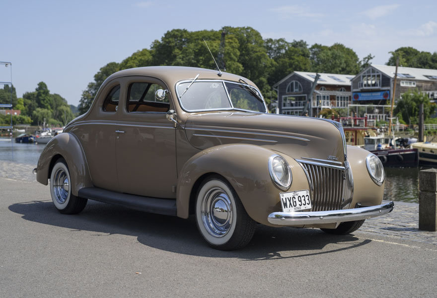 1939 Ford DeLuxe Restomod (LHD) For Sale In London For Sale (picture 2 of 24)
