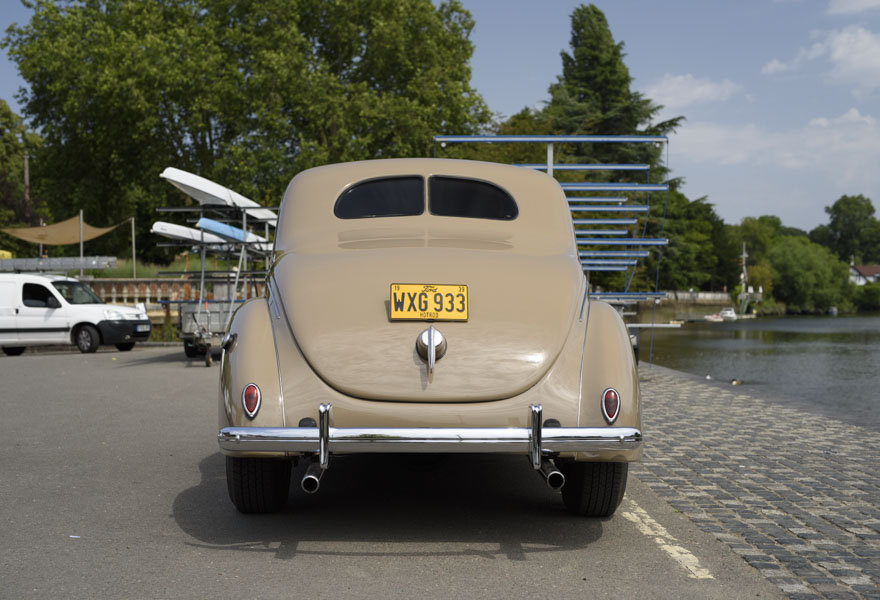 1939 Ford DeLuxe Restomod (LHD) For Sale In London For Sale (picture 8 of 24)