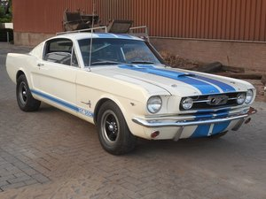 1965 FORD MUSTANG V8 4.9 FASTBACK For Sale