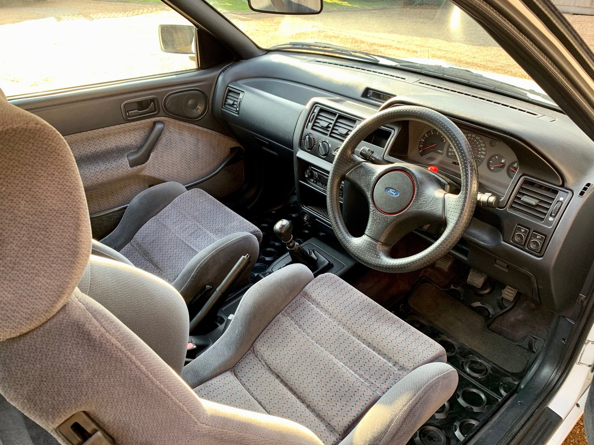 1992 FORD ESCORT MK5 RS2000 SOLD (picture 3 of 6)