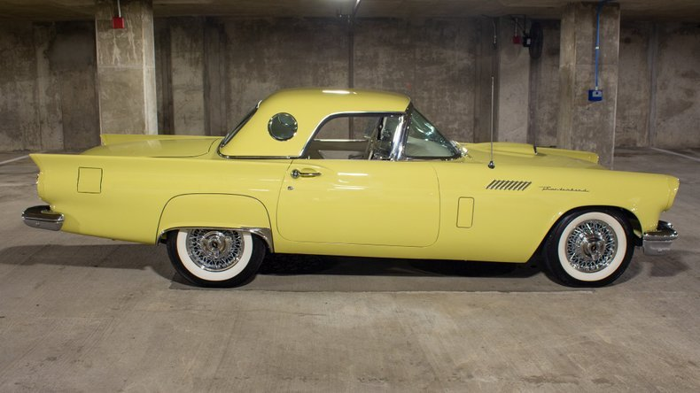 1957 Ford Thunderbird Amos Minter Full Restored Mint $89.9k For Sale (picture 2 of 6)