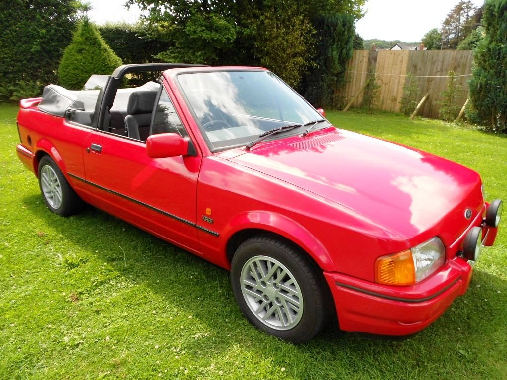 1989 Escort XR3i Cabriolet 22 year hist file + all MOTs For Sale (picture 1 of 6)
