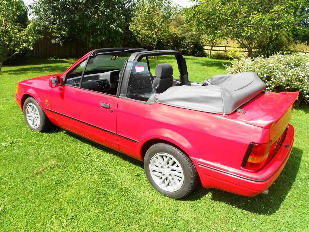 1989 Escort XR3i Cabriolet 22 year hist file + all MOTs For Sale (picture 3 of 6)