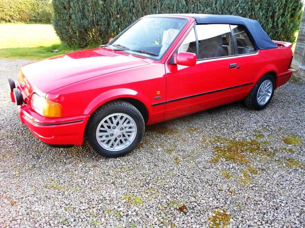 1989 Escort XR3i Cabriolet 22 year hist file + all MOTs For Sale (picture 4 of 6)