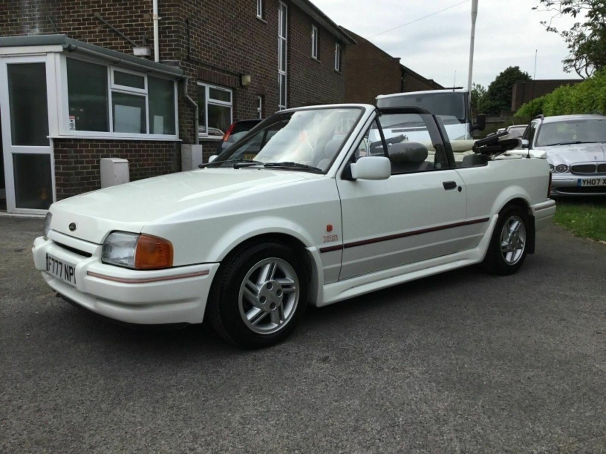 1988 Ford Escort Cabriolet XR3i or swap  E30 cabriolet  For Sale (picture 4 of 6)