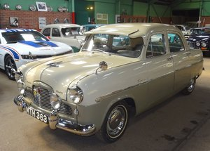 1956 FORD ZODIAC MK1 BEAUTIFUL PAINT AND INTERIOR ALL THE EXTRAS! SOLD