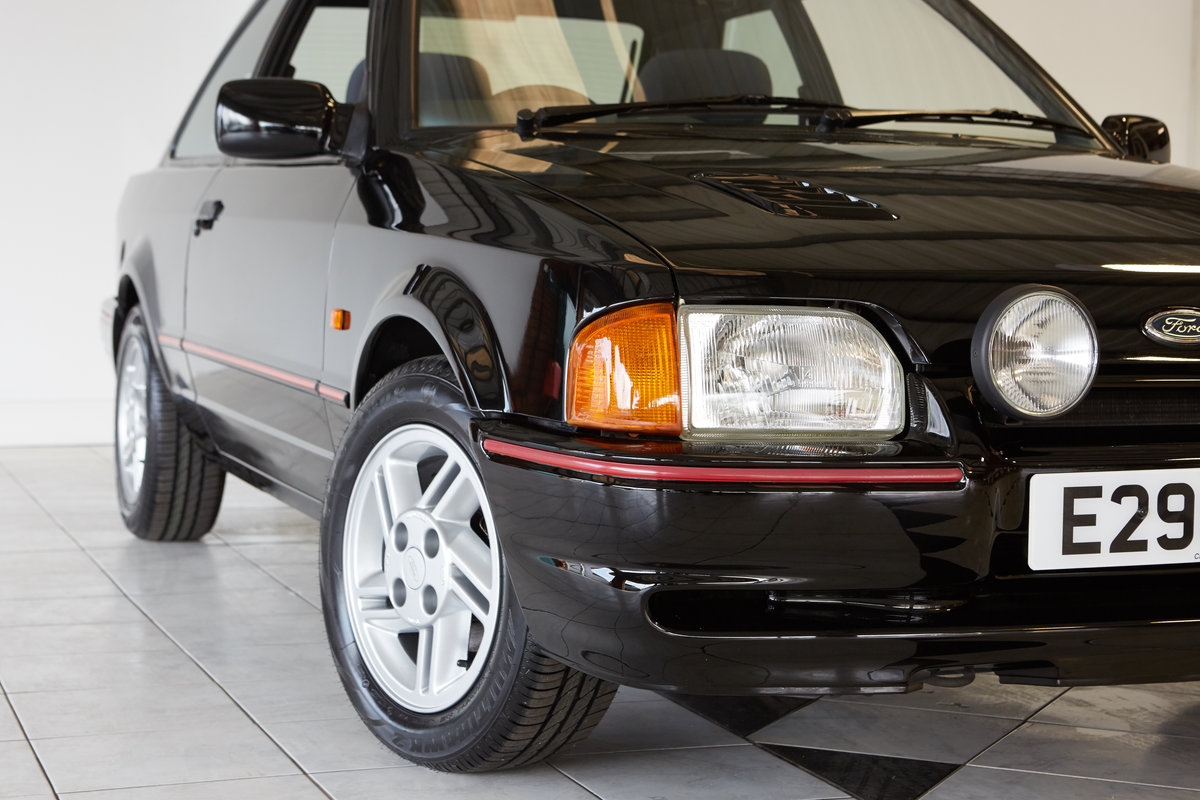 1988 FORD ESCORT XR3i  SOLD (picture 2 of 4)