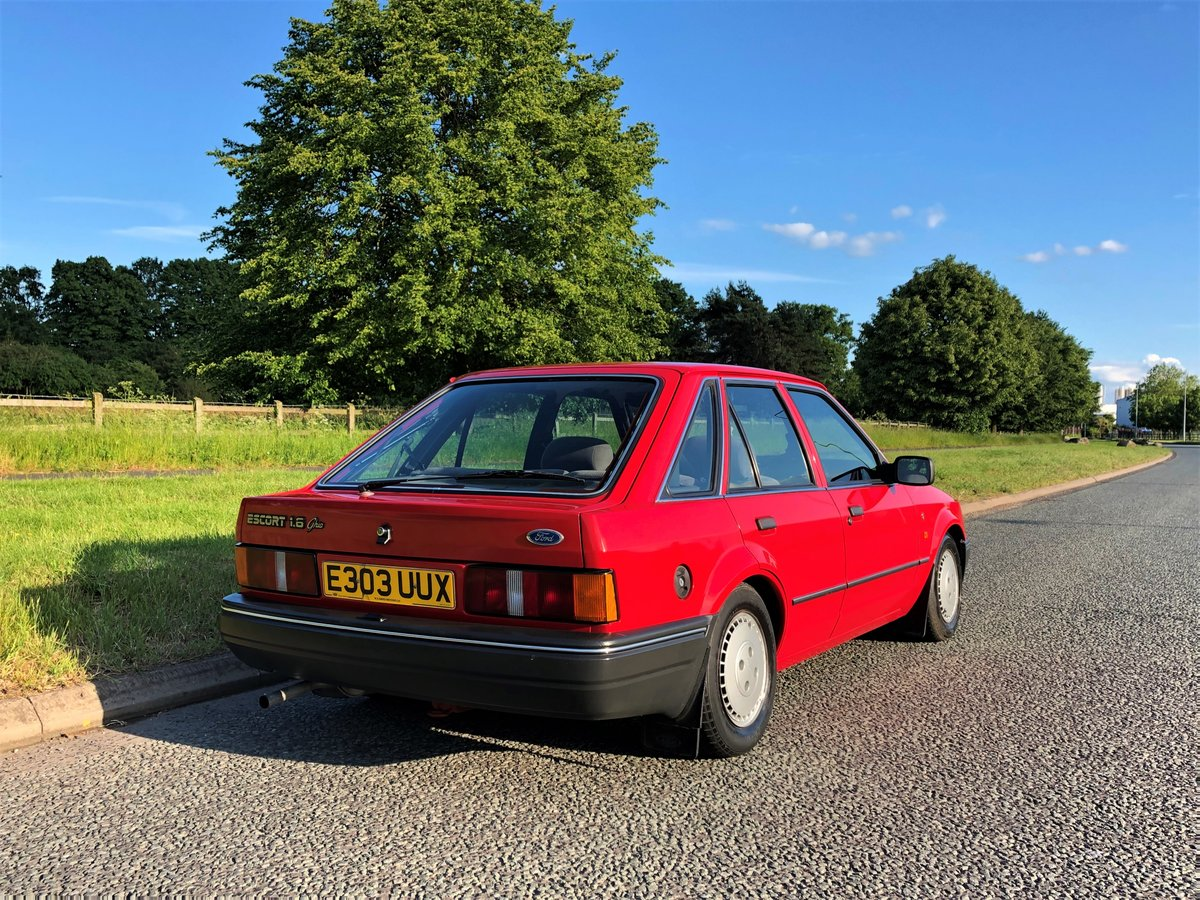 1987 Mk4 Ford Escort 1.6 Ghia 5 Dr TIME WARP CONDITION SOLD (picture 6 of 6)