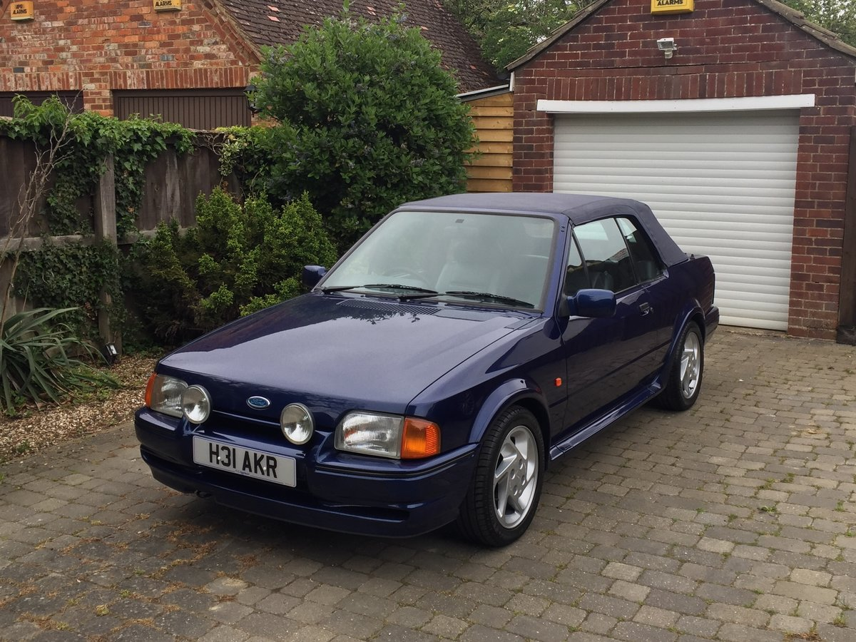 1990 Ford Escort XR3i special edition For Sale (picture 1 of 5)