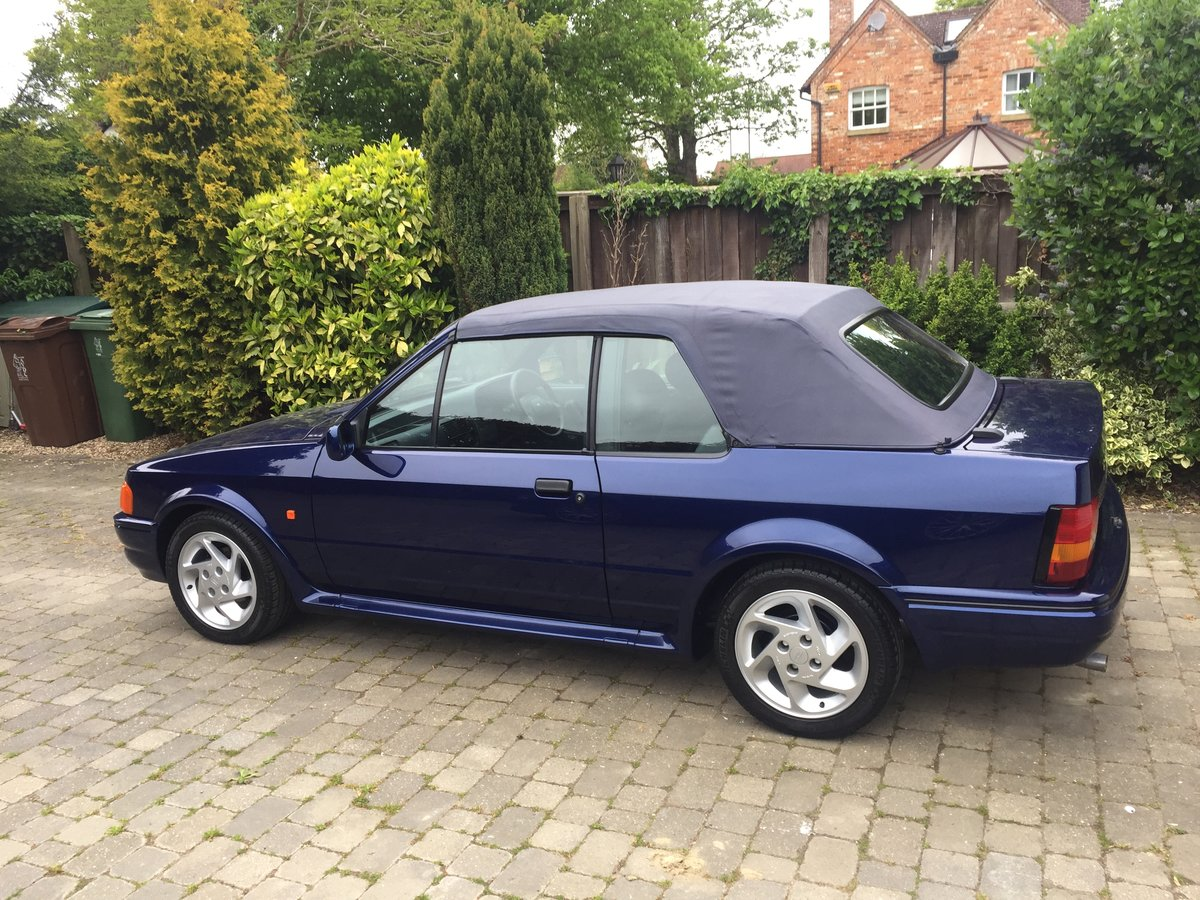 1990 Ford Escort XR3i special edition For Sale (picture 2 of 5)
