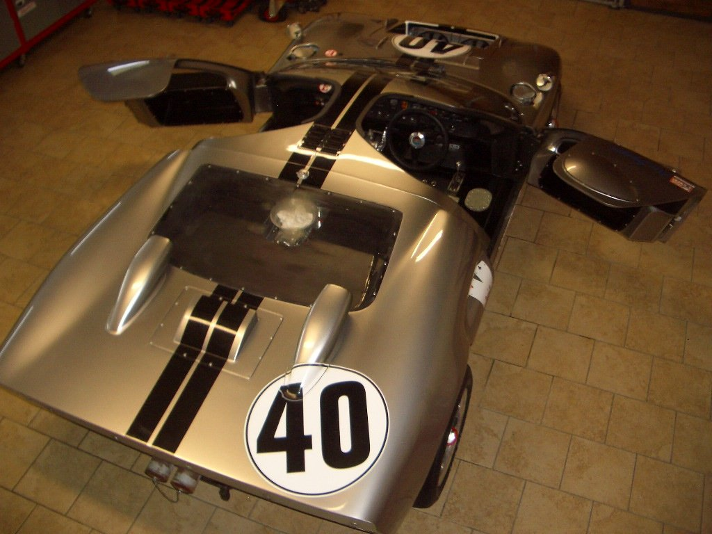 1966 Ford GT40 Mk2 FIA For Sale (picture 1 of 6)
