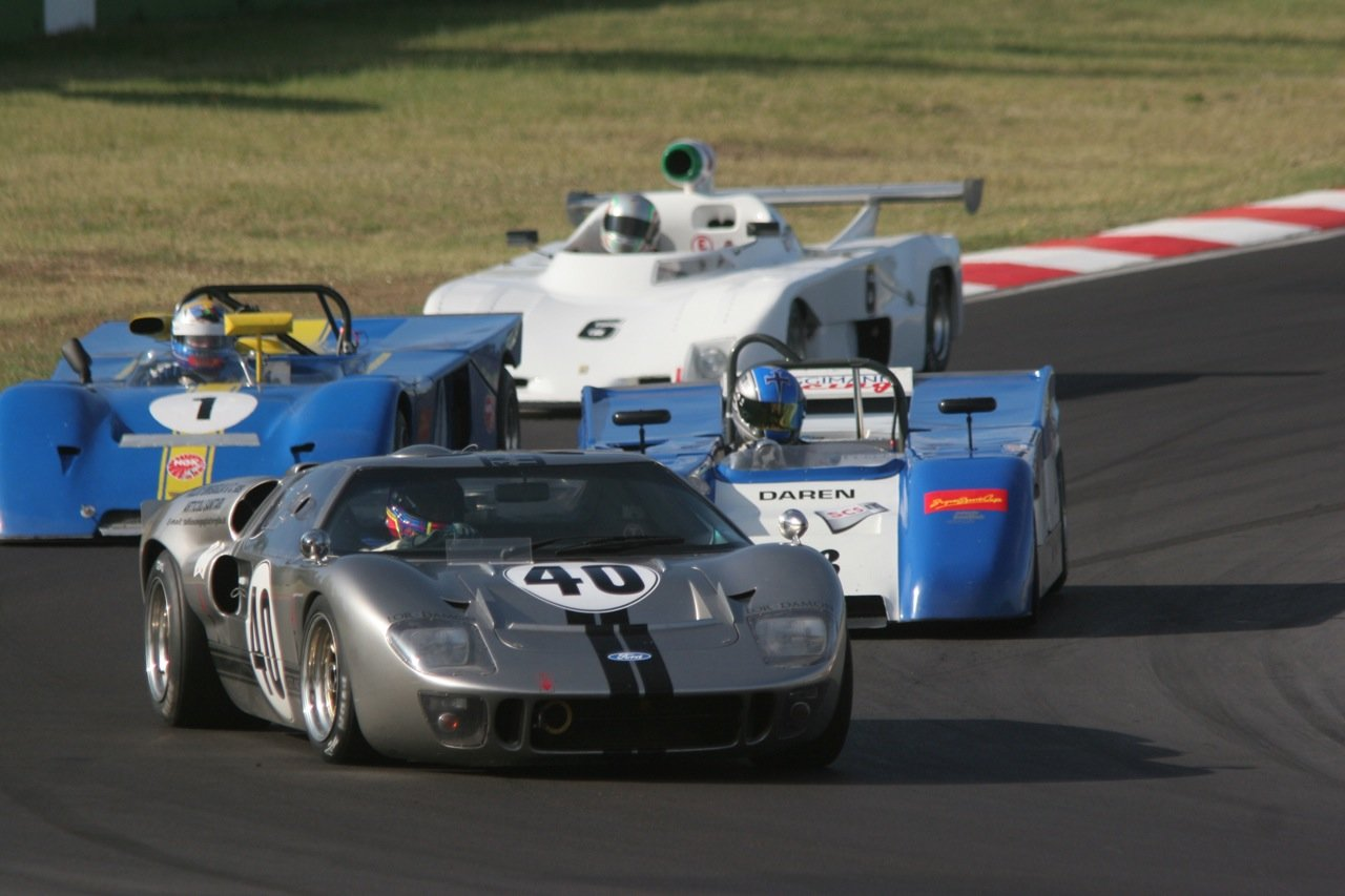 1966 Ford GT40 Mk2 FIA For Sale (picture 2 of 6)