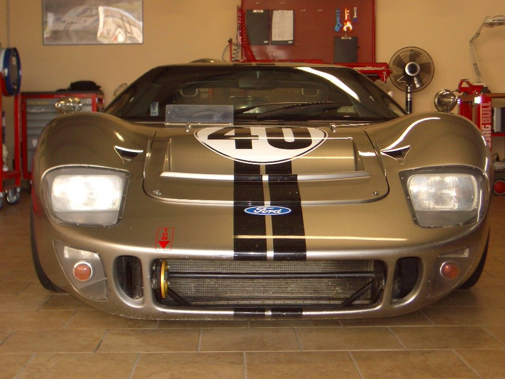 1966 Ford GT40 Mk2 FIA For Sale (picture 3 of 6)
