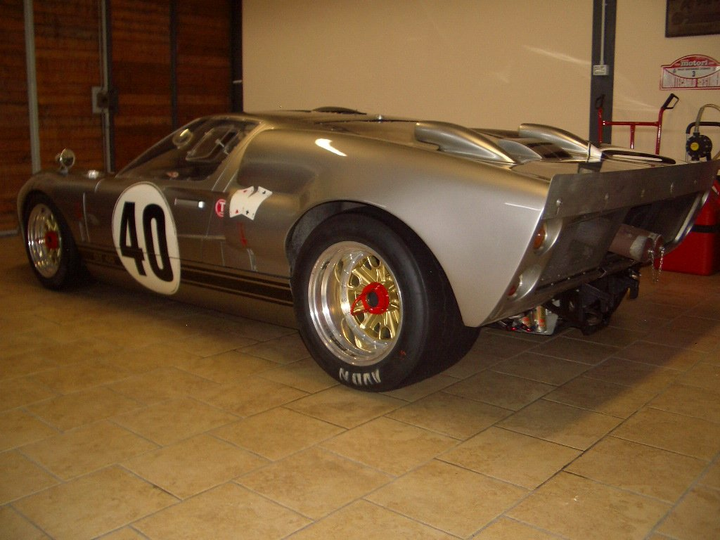 1966 Ford GT40 Mk2 FIA For Sale (picture 5 of 6)