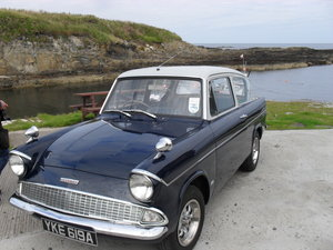 1963 Ford Anglia ( Mint Condition ) SOLD (picture 2 of 4)