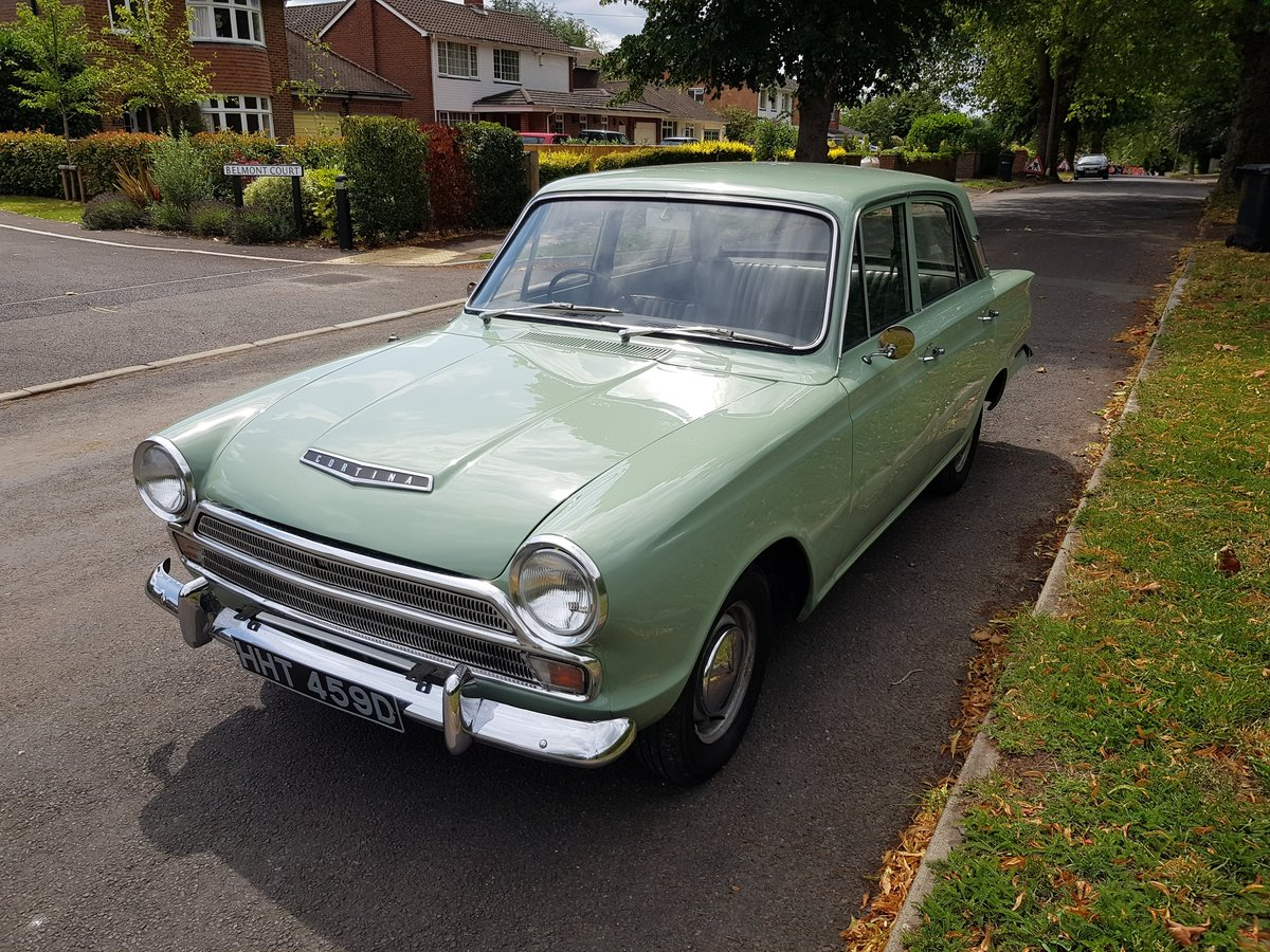 Ford Cortina Mk1 1500 Deluxe 1966 SOLD (picture 1 of 6)