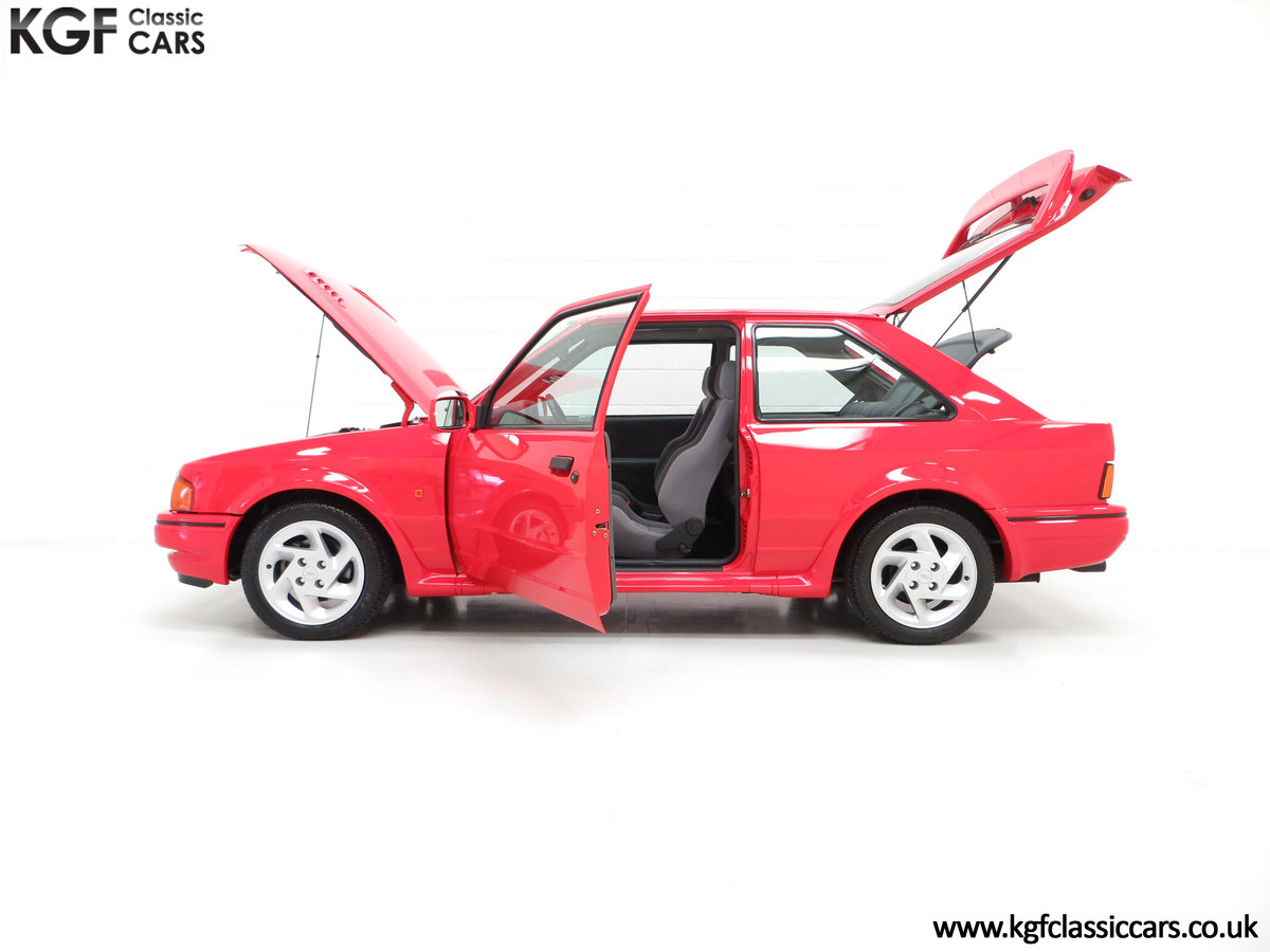 1989 A Ford Escort RS Turbo Series 2 with 37,759 Miles For Sale (picture 3 of 6)