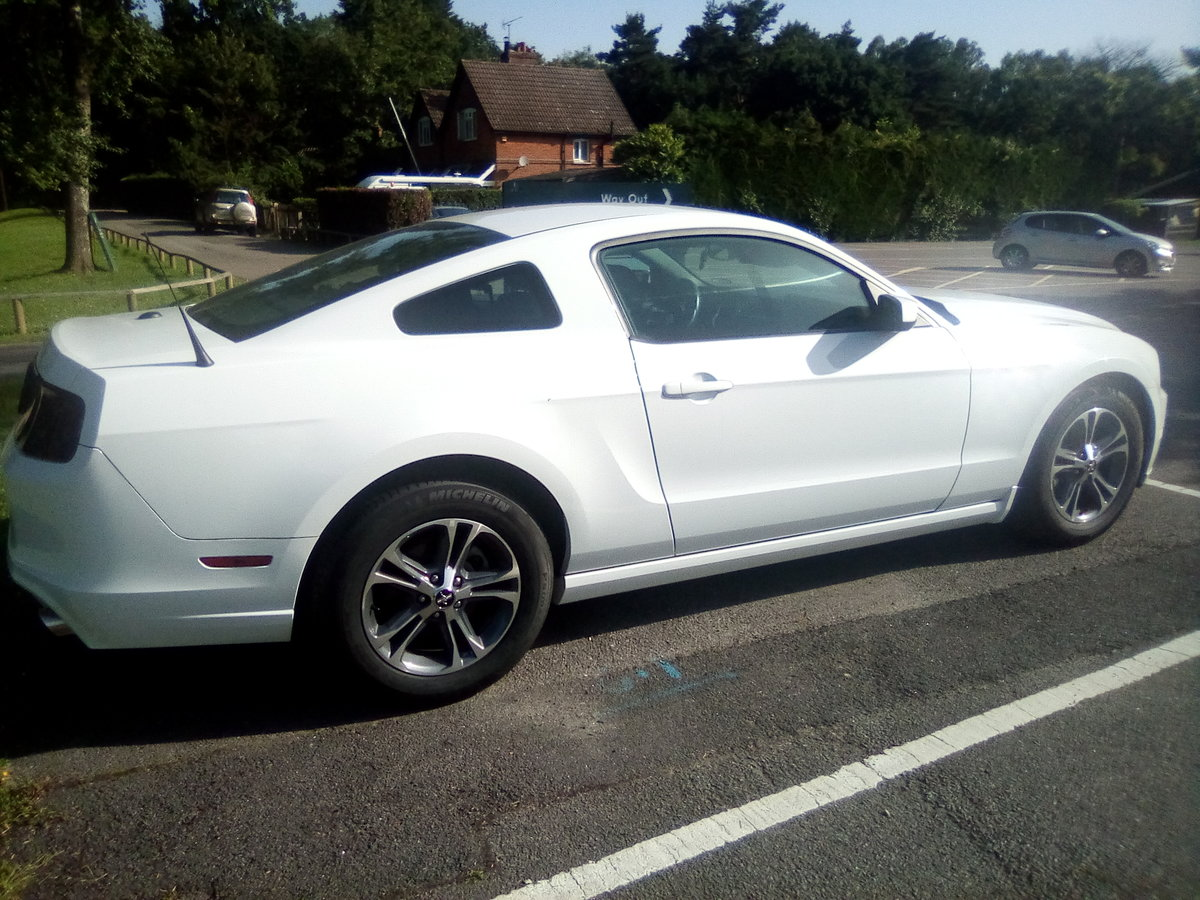 2014 Ford mustang 3.7 v6 auto premium For Sale (picture 2 of 6)