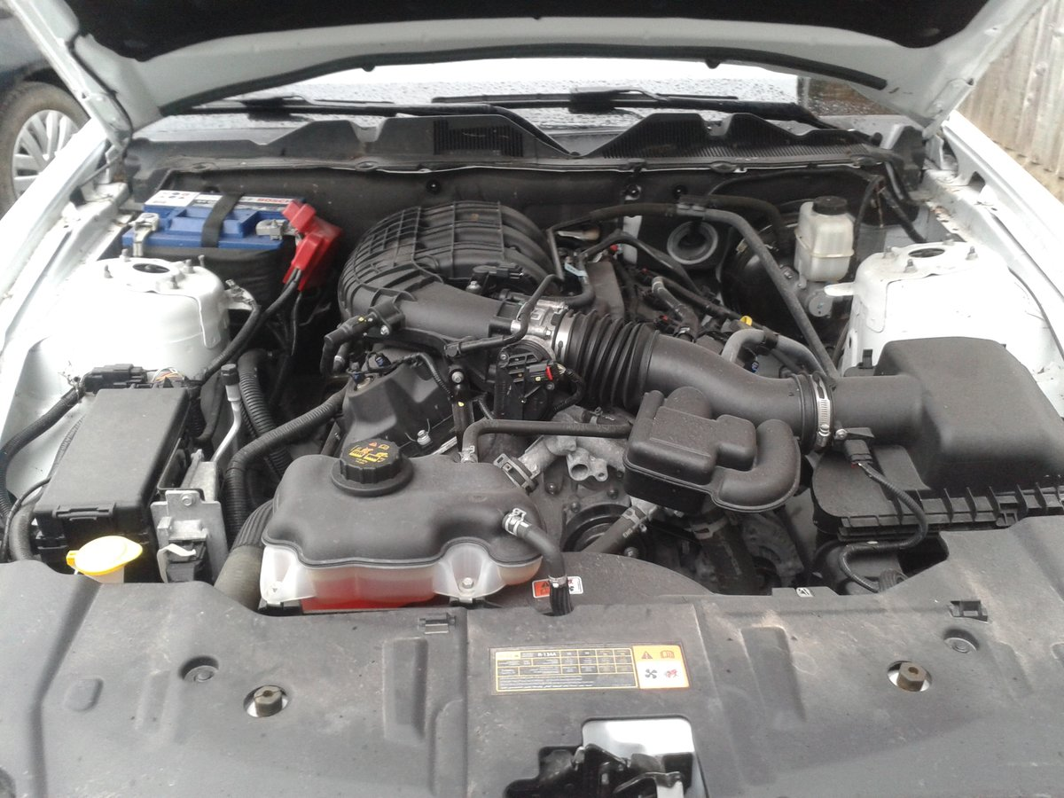 2014 Ford mustang 3.7 v6 auto premium For Sale (picture 3 of 6)