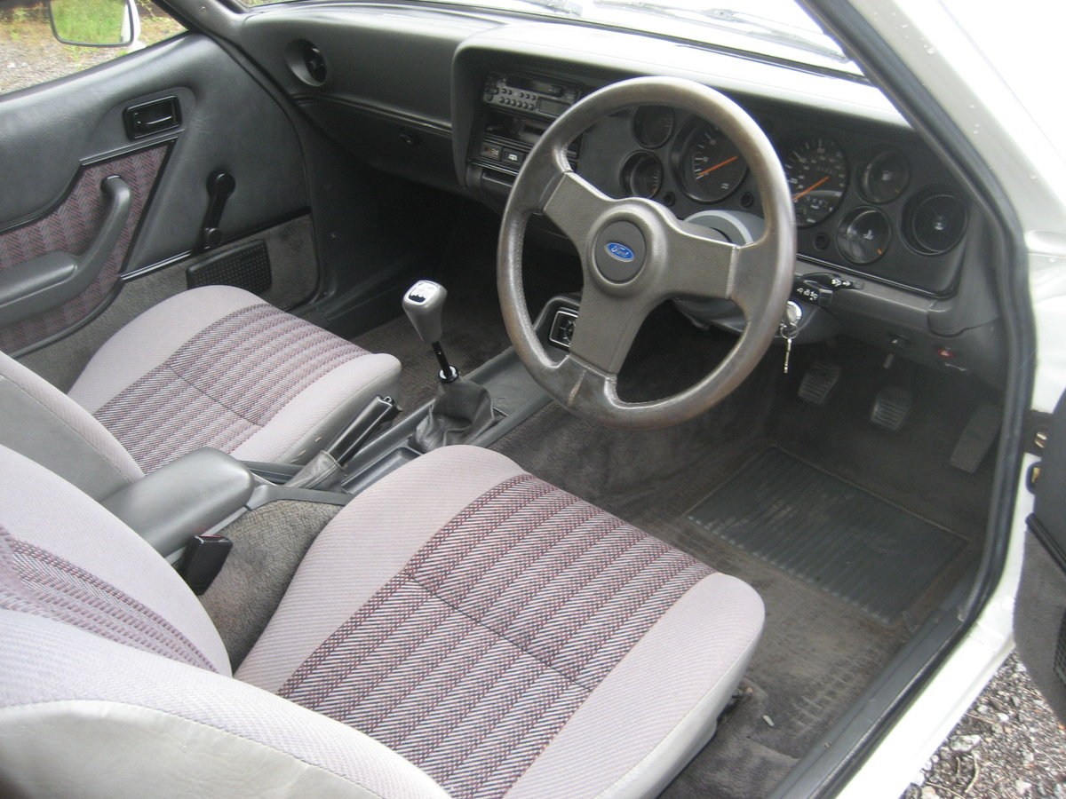1986 Ford Capri 2.0 Laser SOLD (picture 4 of 6)