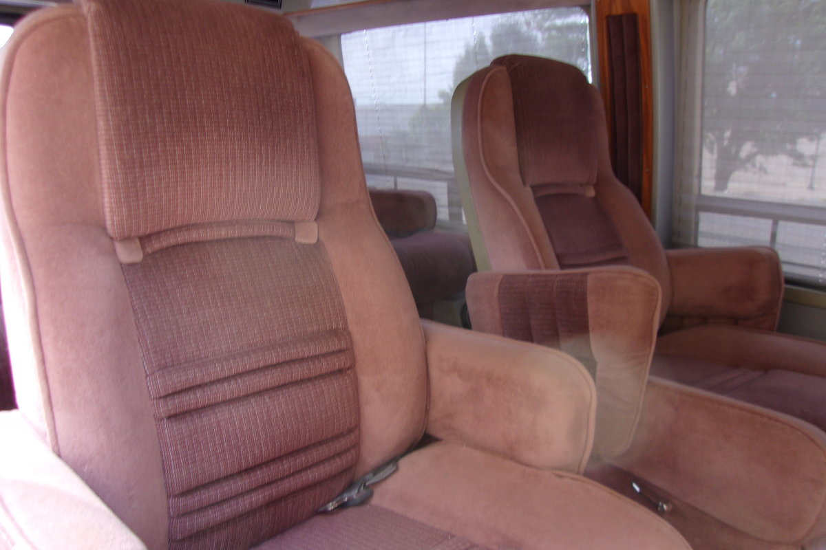 1987 Ford Park Lane Conversion Van For Sale (picture 4 of 6)