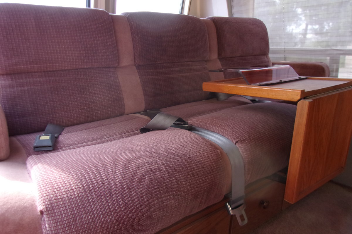 1987 Ford Park Lane Conversion Van For Sale (picture 5 of 6)