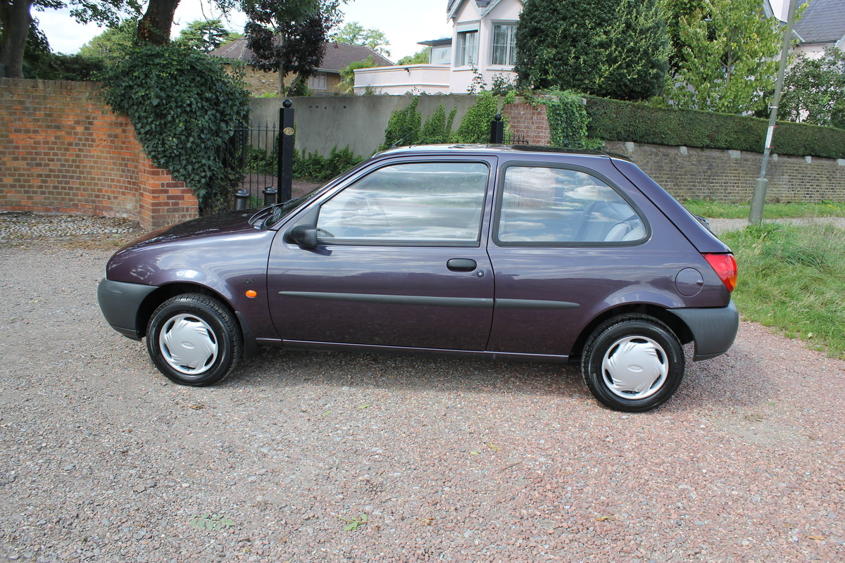 1995 Show Condition Fiesta 1.25 Zetec LX With A Mere 23k Miles For Sale (picture 3 of 6)