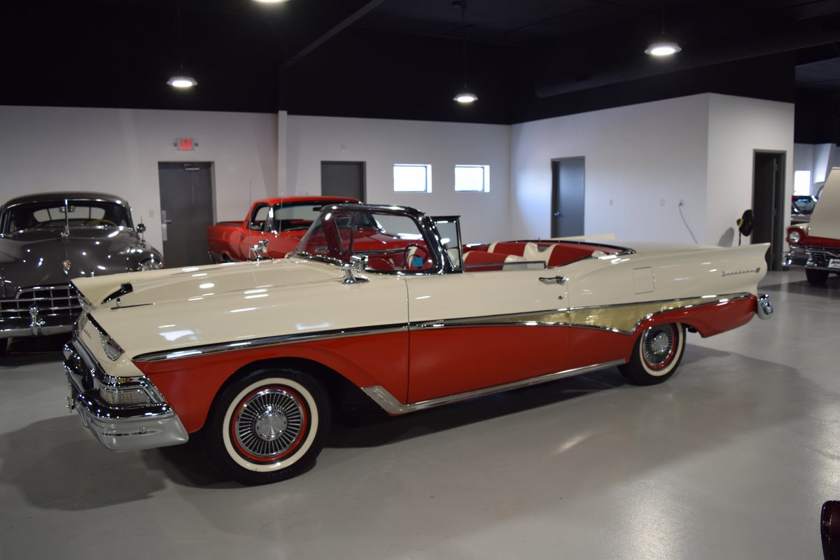 1958 Ford Fairlane 500 Skyliner Hardtop For Sale (picture 4 of 6)