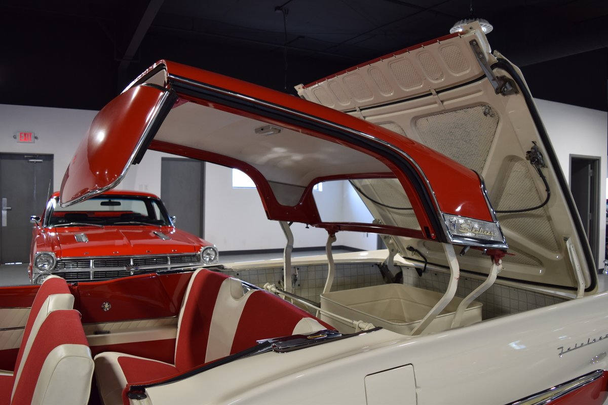 1958 Ford Fairlane 500 Skyliner Hardtop For Sale (picture 5 of 6)