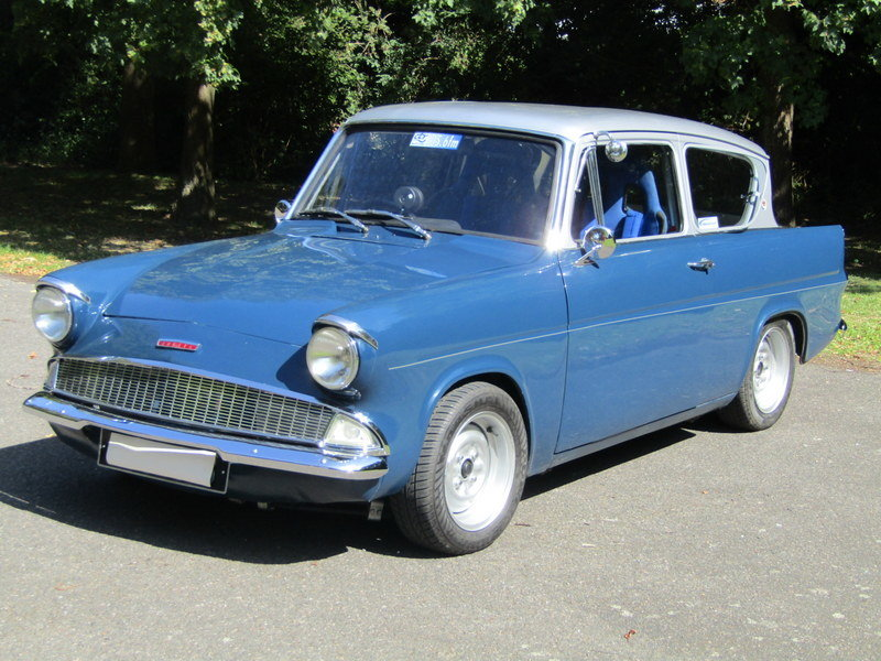 1961 Ford Anglia de luxe saloon (1700cc)  SOLD (picture 1 of 6)