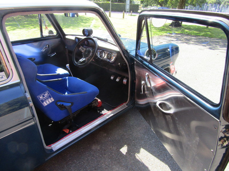 1961 Ford Anglia de luxe saloon (1700cc)  SOLD (picture 5 of 6)