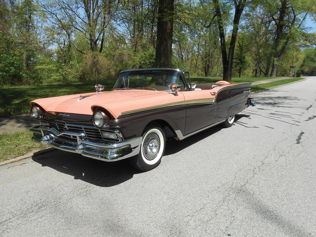 1957 Ford Fairlane Skyliner Retractable (E Code)  For Sale by Auction (picture 1 of 6)