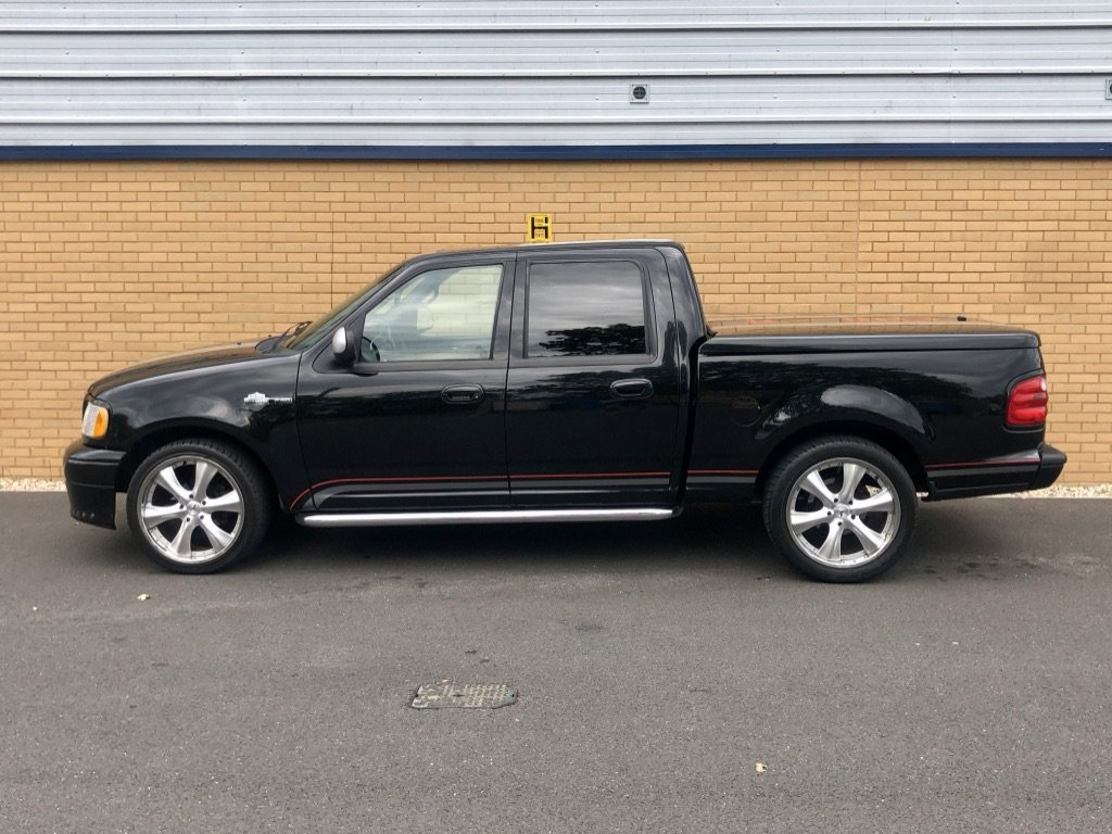 2001 FORD F-150 // HARLEY DAVIDSON LTD // 5.4L // px swap For Sale (picture 2 of 10)